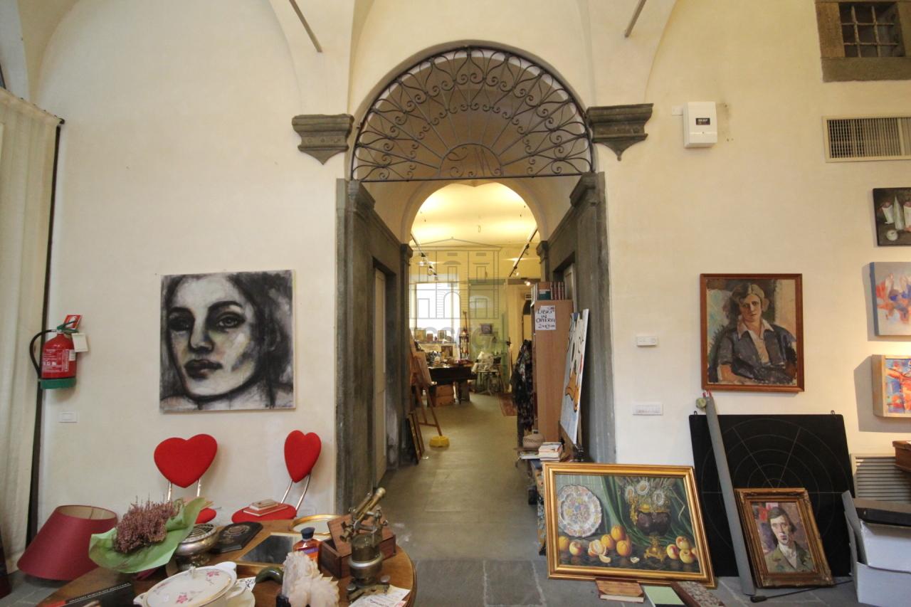 fondo commerciale Lucca Centro storico UF00472 img 13