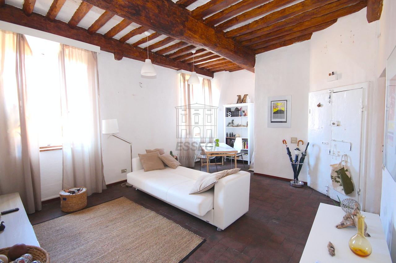 Bilocale Lucca Via Della Fratta 3