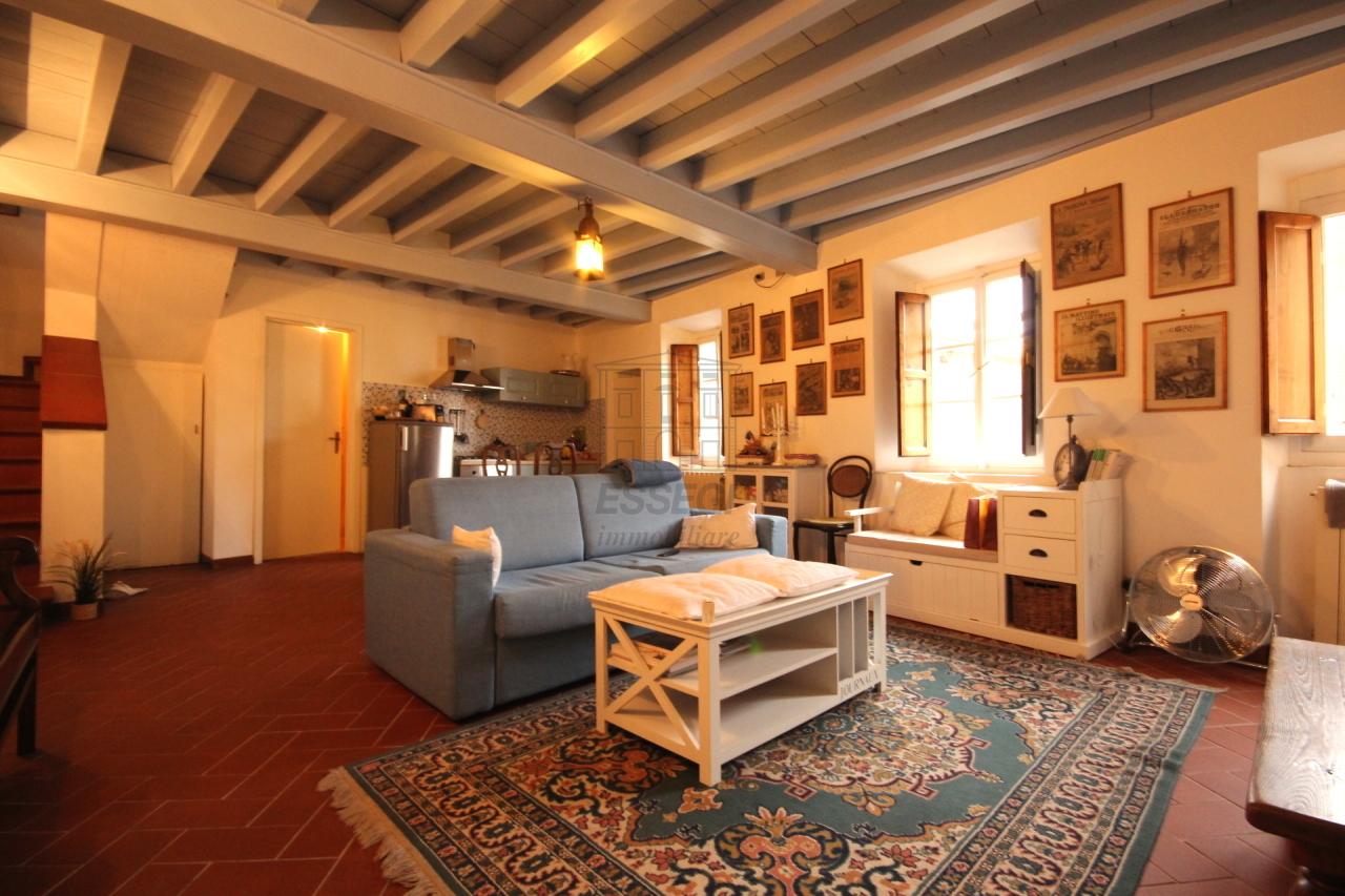 Bilocale Lucca Via Dell'olivo 3