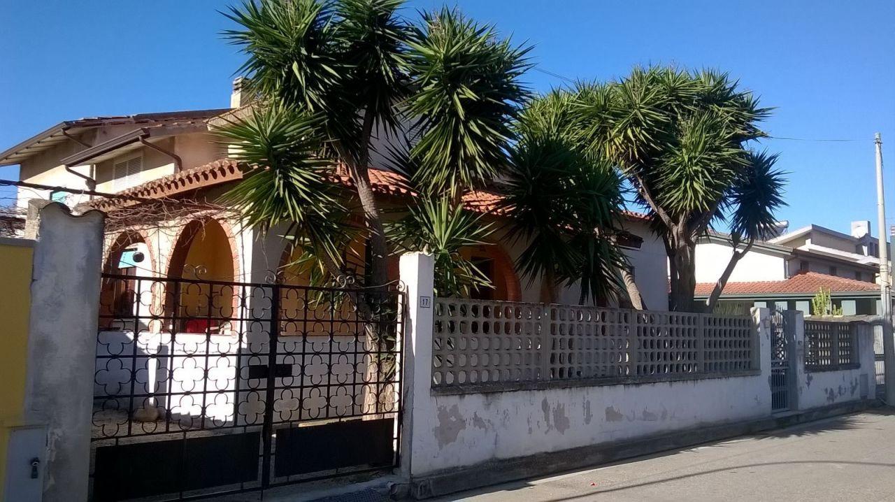 Soluzione Semindipendente in affitto a Villasor, 4 locali, prezzo € 500 | Cambio Casa.it