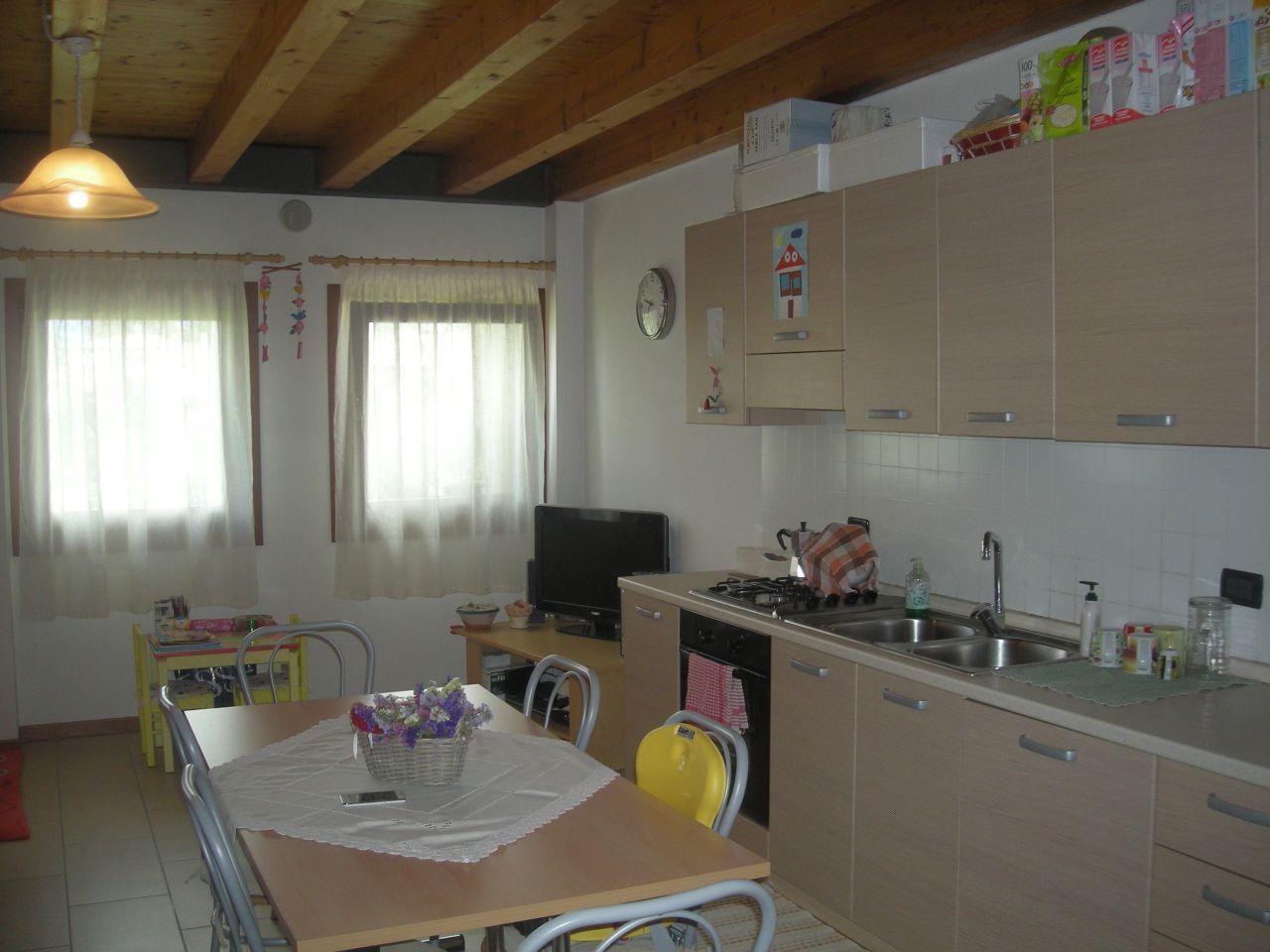 Appartamento in vendita a Loria, 3 locali, prezzo € 110.000 | Cambio Casa.it