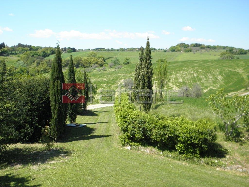 Soluzione Indipendente in vendita a Pomarance, 8 locali, prezzo € 250.000 | Cambio Casa.it