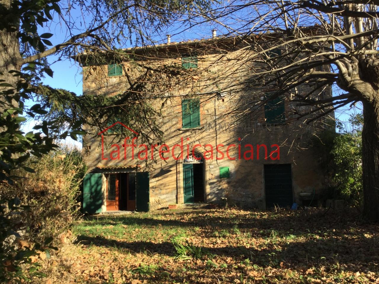 Rustico / Casale in vendita a Chianni, 7 locali, prezzo € 270.000   CambioCasa.it
