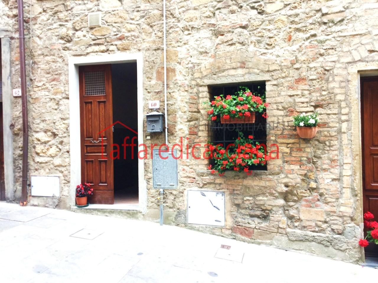 Appartamento in affitto a Chianni, 3 locali, prezzo € 250 | CambioCasa.it