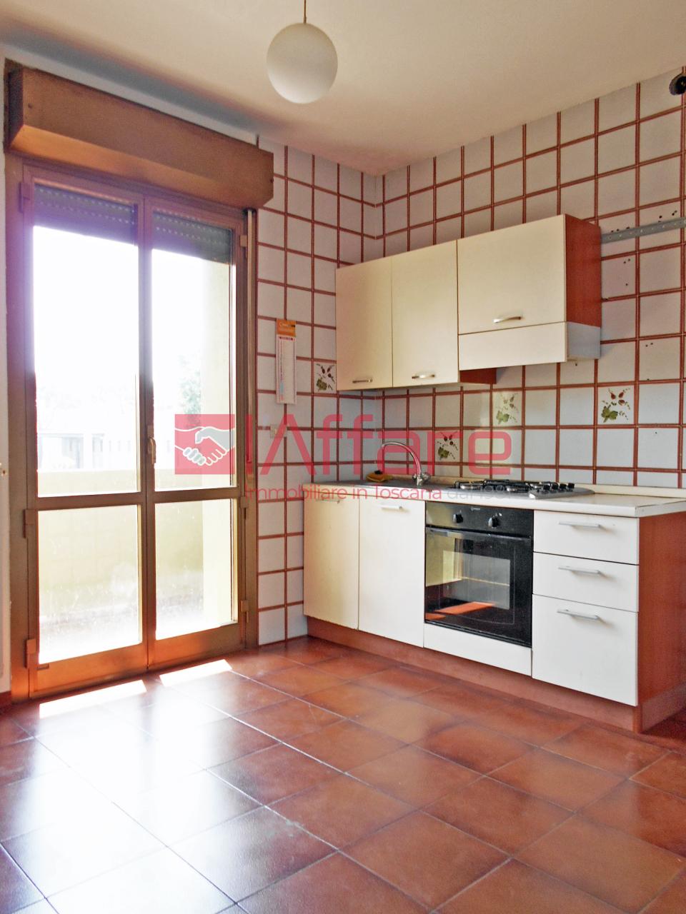 Appartamento in vendita a Montecatini-Terme, 3 locali, prezzo € 80.000   CambioCasa.it