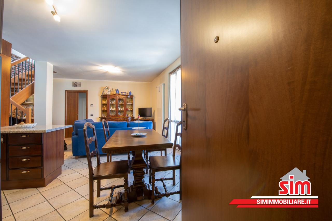 cameri vendita quart:  sim immobiliare s.r.l.