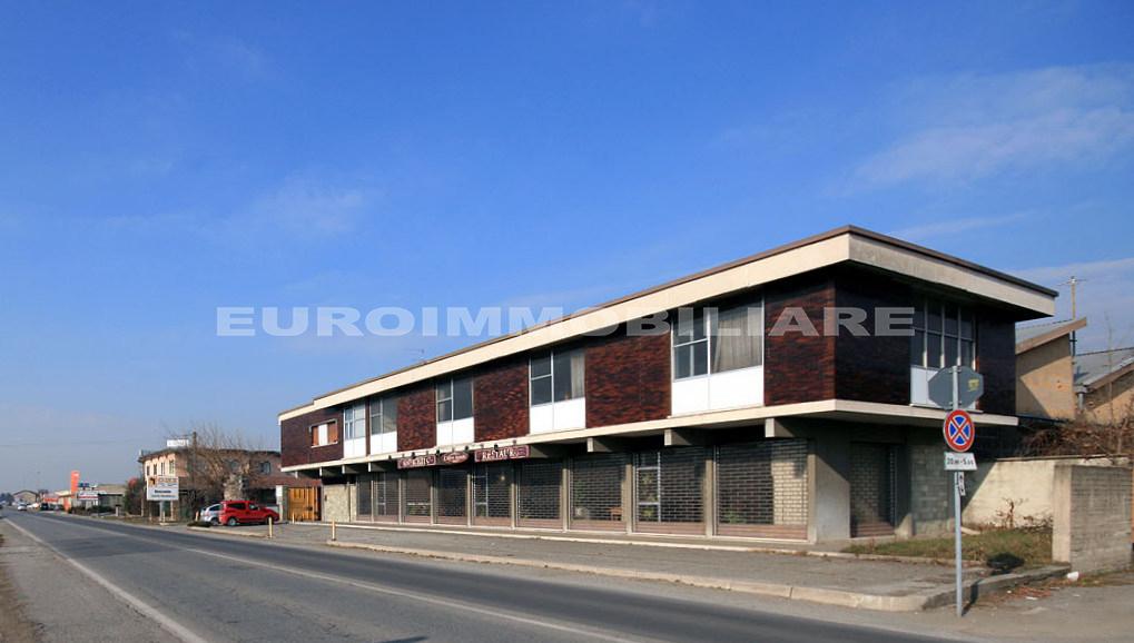 Capannone in vendita a Gussago, 10 locali, prezzo € 1.450.000   CambioCasa.it