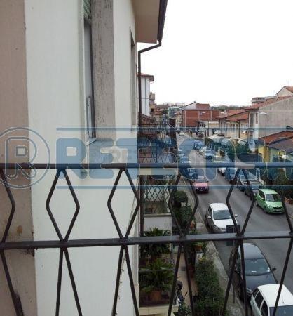 Bilocale Viareggio Sauro 300 3
