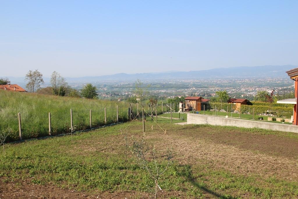 Soluzione Semindipendente in vendita a Salcedo, 6 locali, prezzo € 260.000   Cambio Casa.it