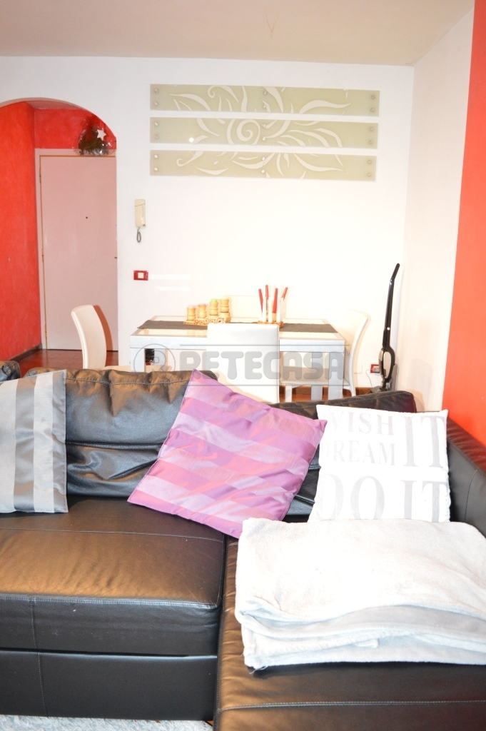 Appartamento in vendita a Vicenza, 5 locali, prezzo € 100.000 | Cambio Casa.it