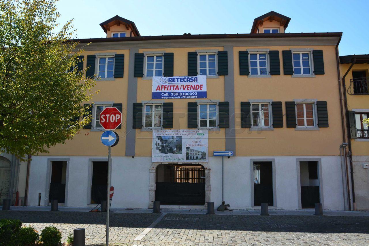 Appartamento in vendita a Cormons, 5 locali, prezzo € 185.000 | CambioCasa.it