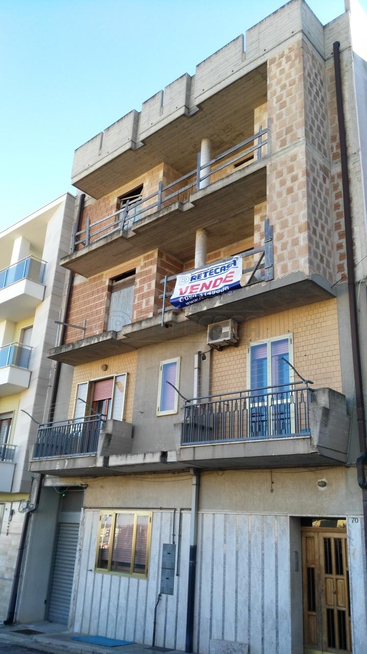 Rustico / Casale in vendita a Altamura, 5 locali, Trattative riservate | Cambio Casa.it