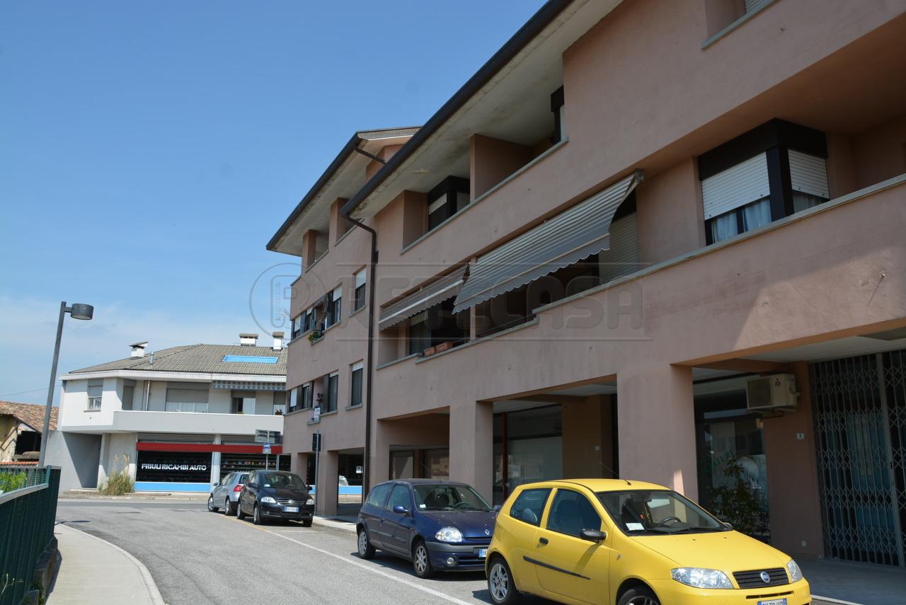 Bilocale Visco Via Montello  37 2
