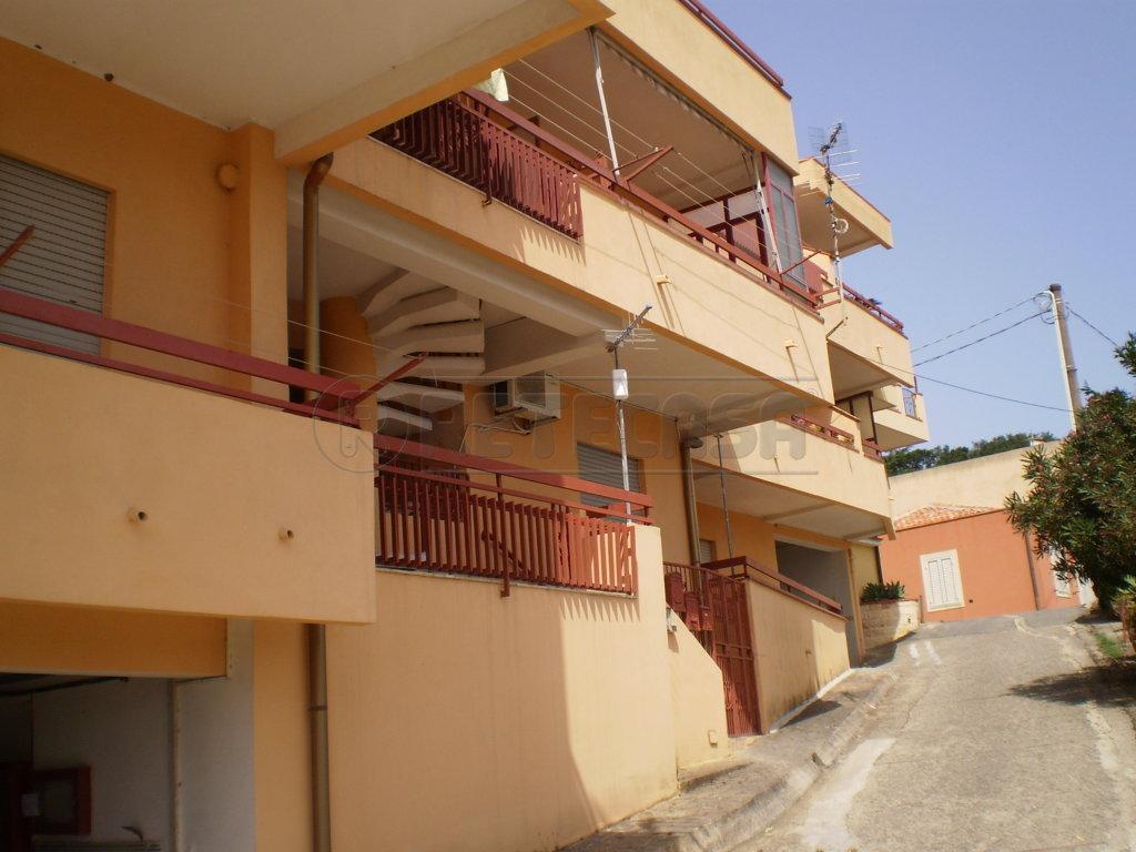 Bilocale Messina Contrada Santa Maria - Bianchi 1 1