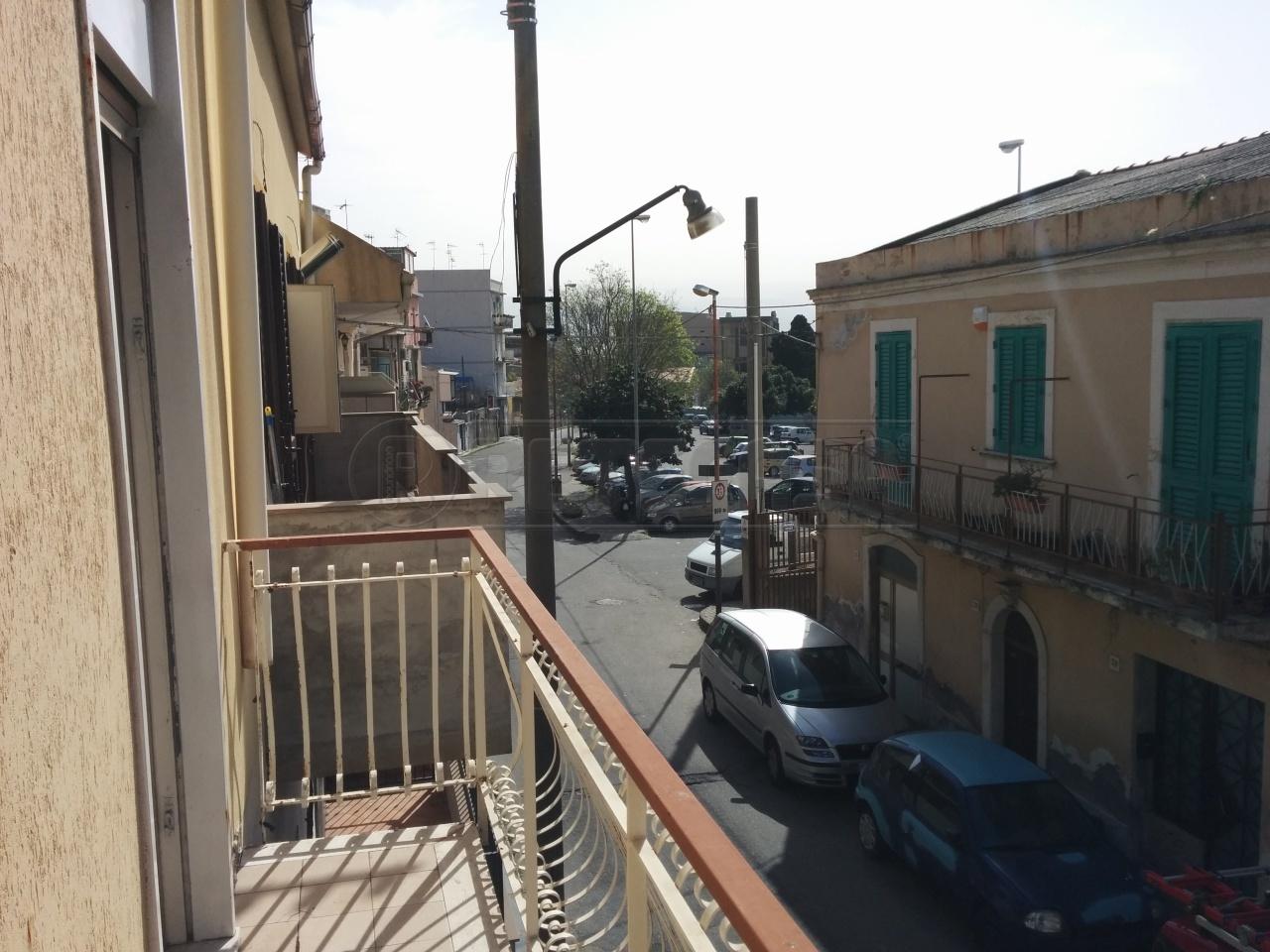 Bilocale Messina Via Chiana 2 11