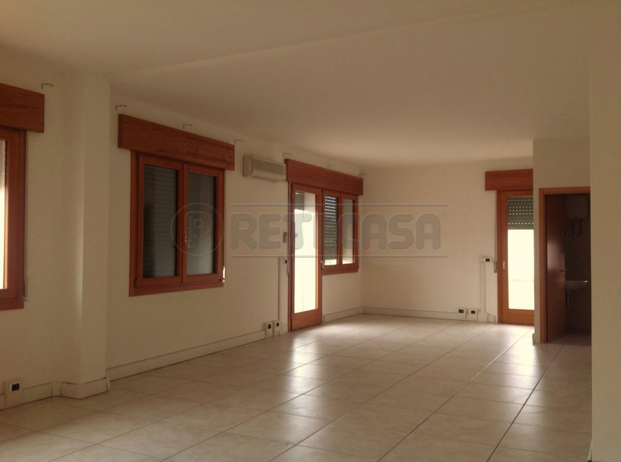Ufficio / Studio in affitto a Pianiga, 1 locali, prezzo € 400 | Cambio Casa.it