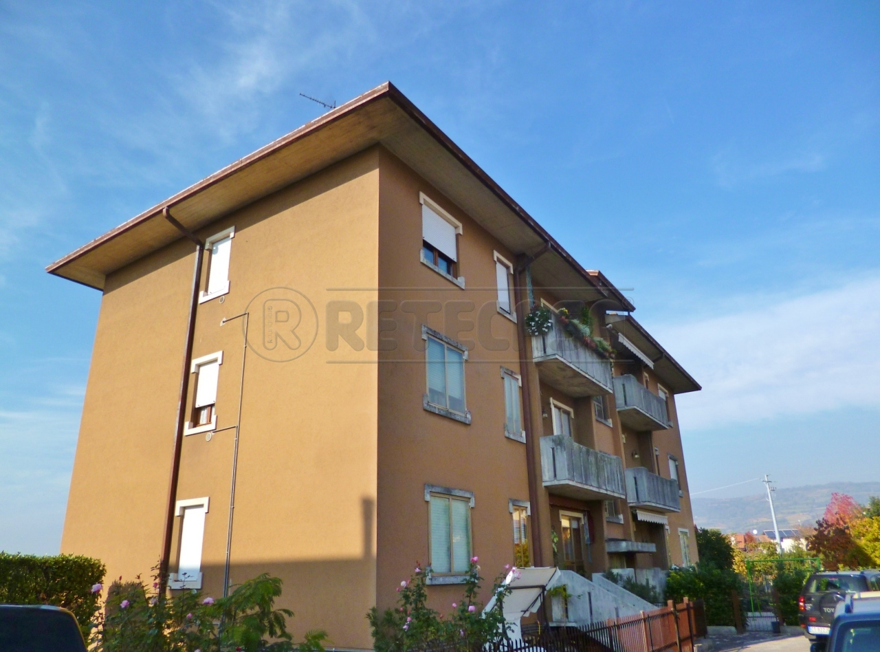 Appartamento in vendita a Gambellara, 6 locali, prezzo € 105.000 | Cambio Casa.it