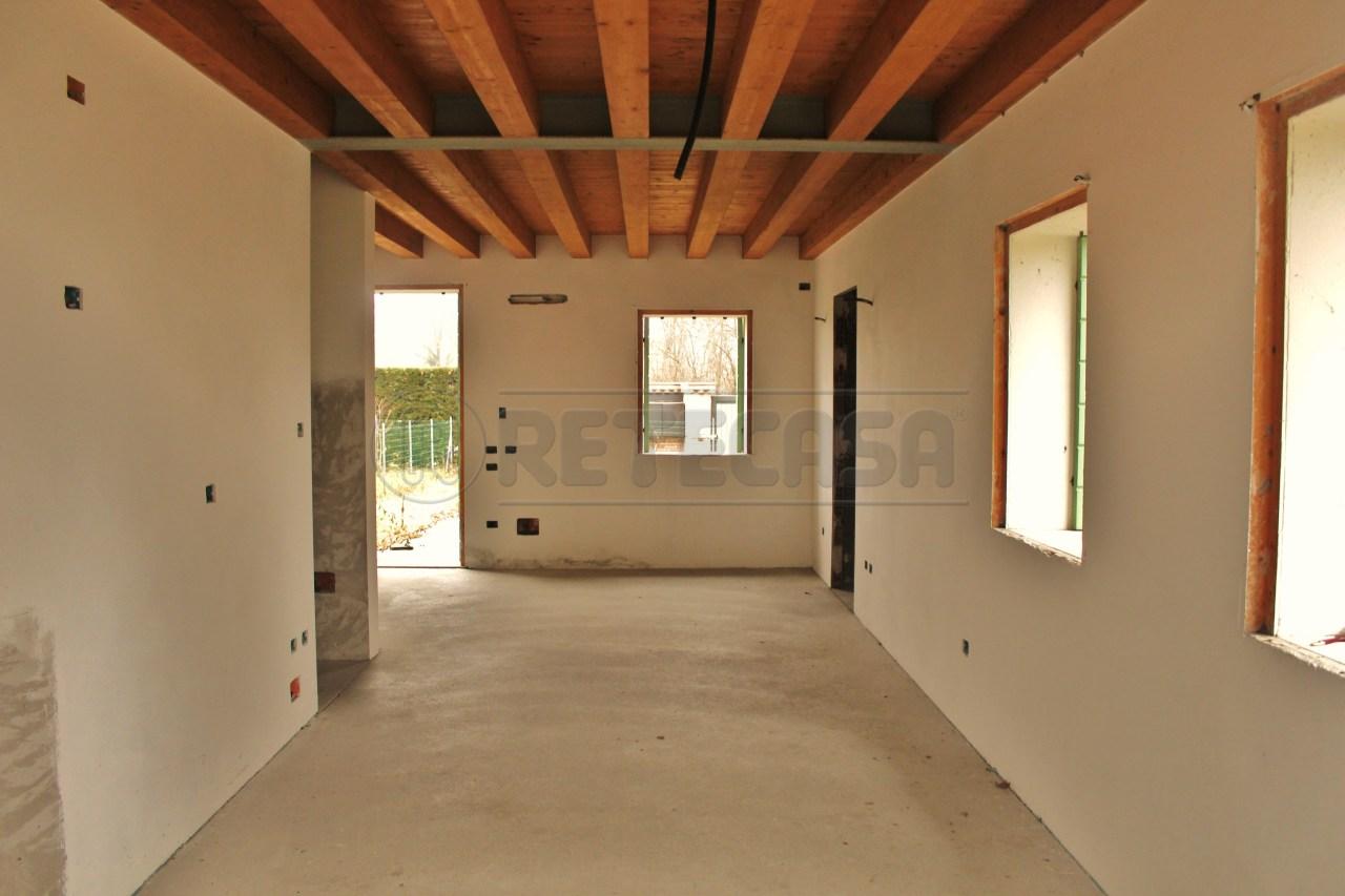 Soluzione Semindipendente in vendita a Padova, 5 locali, prezzo € 150.000   Cambio Casa.it