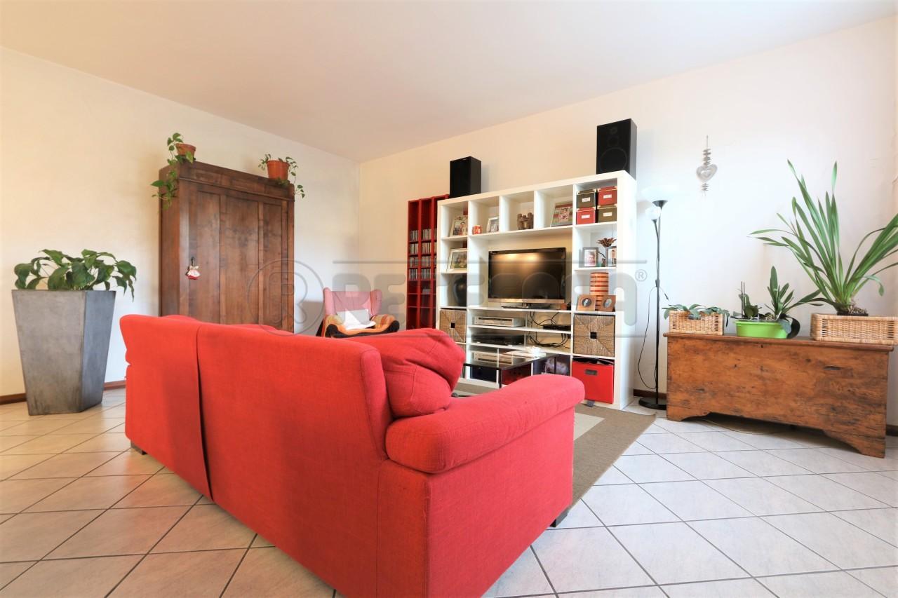 Appartamento in affitto a Vicenza, 5 locali, prezzo € 600 | Cambio Casa.it