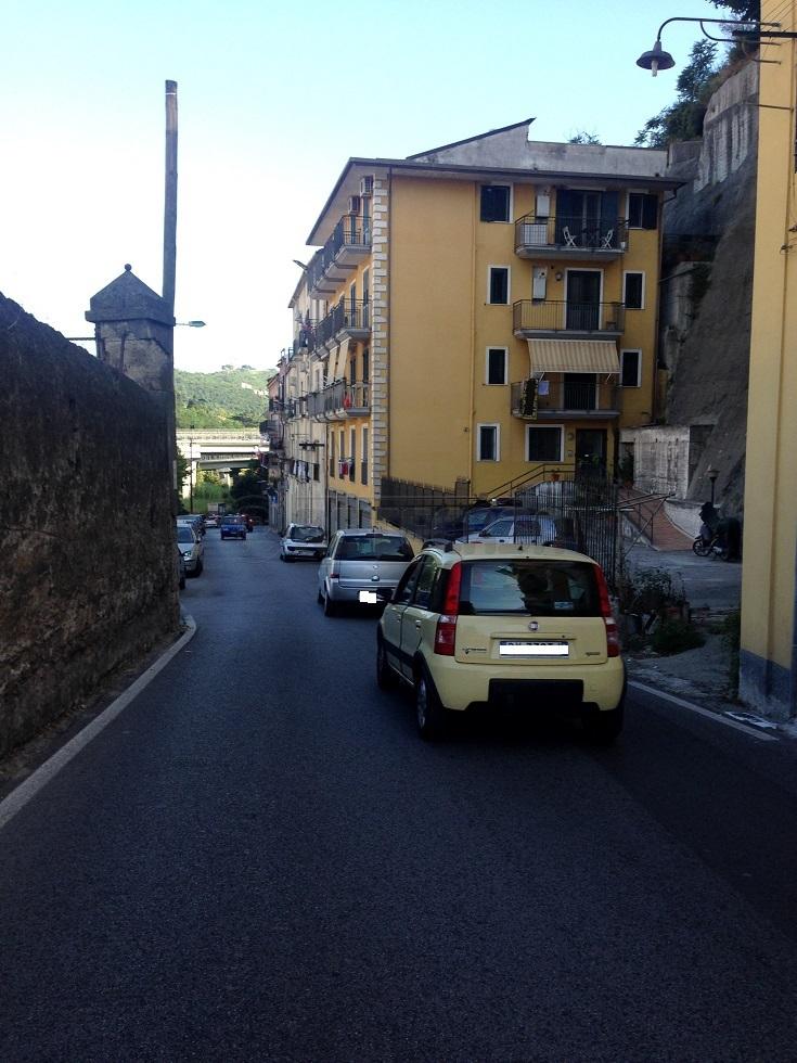 Bilocale Salerno Via Dei Casali 27 13