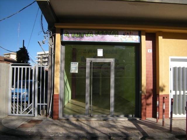 Negozio / Locale in affitto a Caltanissetta, 1 locali, prezzo € 330 | Cambio Casa.it