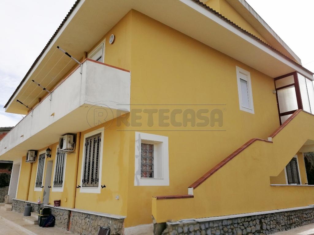 Appartamento quadrilocale in affitto a Caltanissetta (CL)
