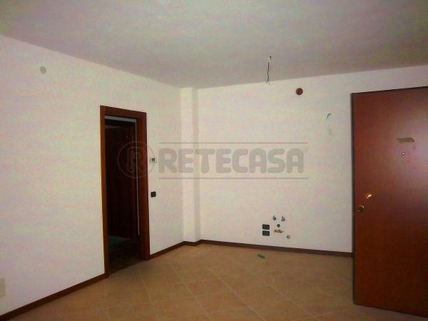 Bilocale Montecchio Maggiore Via Matteotti 44 2