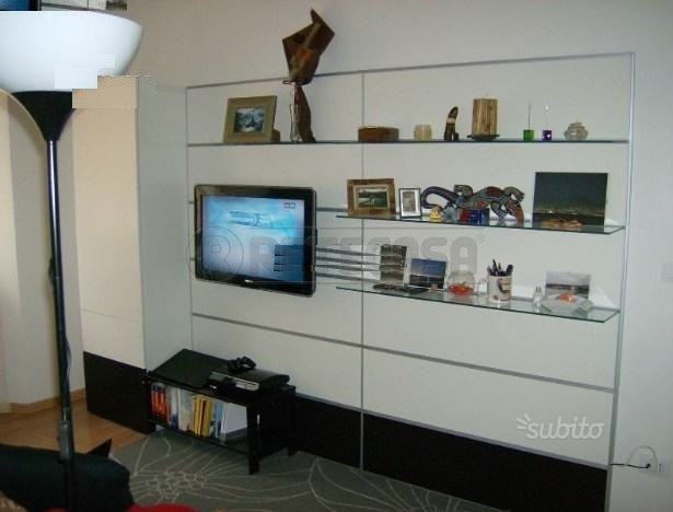 Appartamento in vendita a Ancona, 4 locali, prezzo € 114.000 | Cambio Casa.it