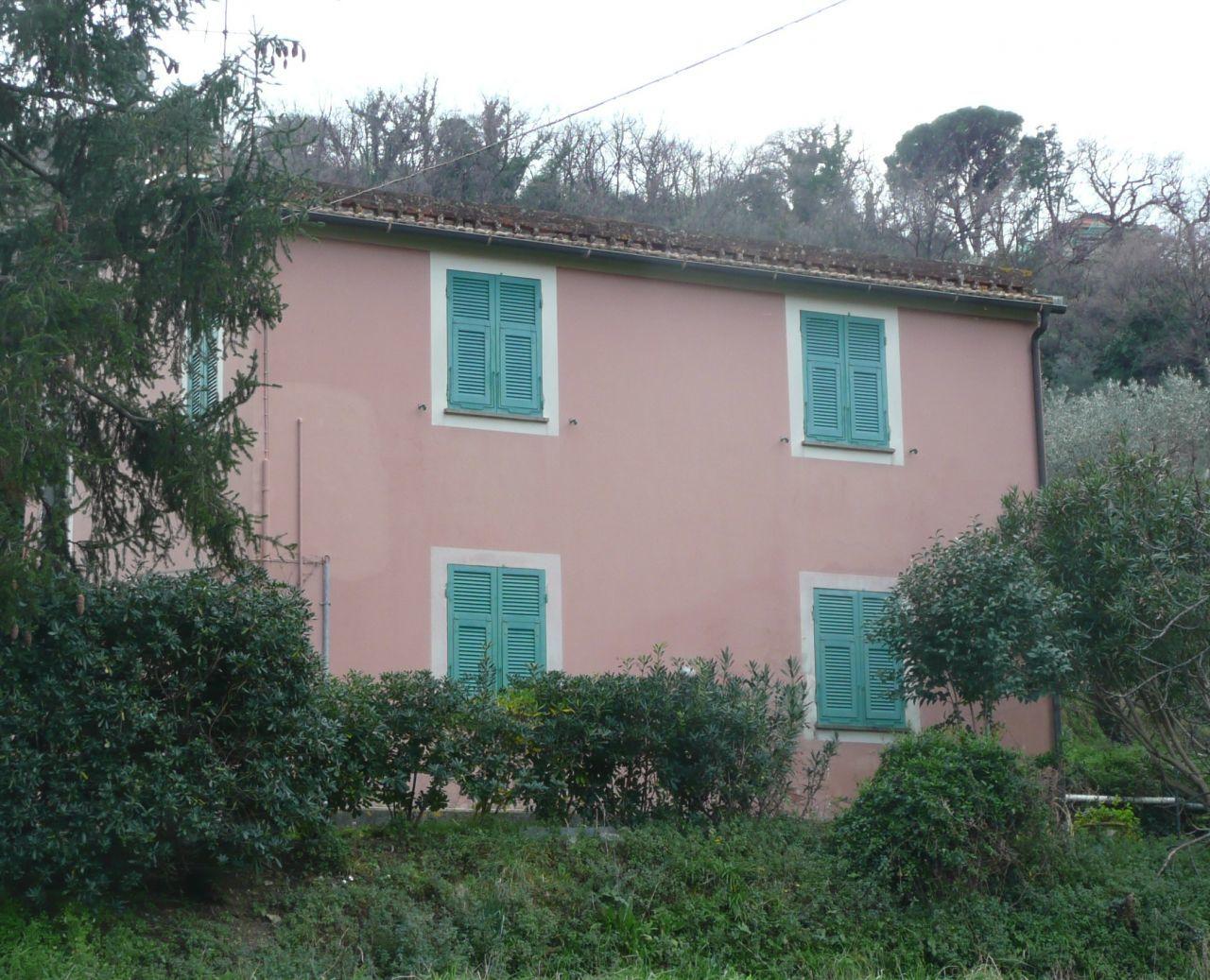 Soluzione Indipendente in vendita a Sestri Levante, 9999 locali, Trattative riservate | CambioCasa.it