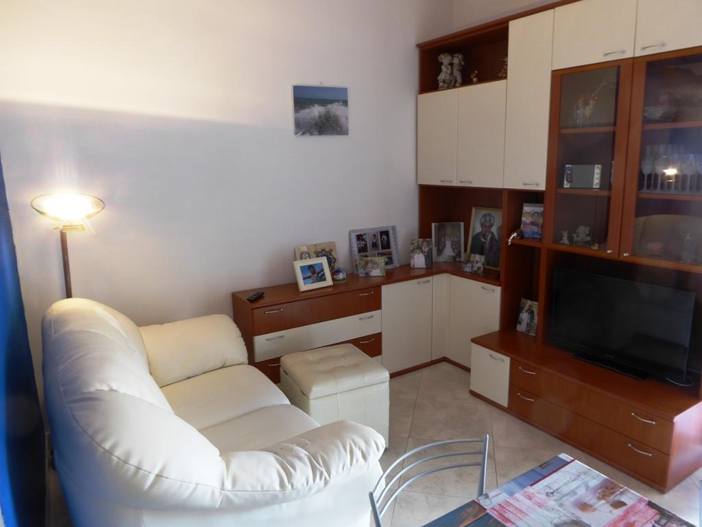 Appartamento in vendita a Casarza Ligure, 4 locali, prezzo € 195.000 | CambioCasa.it