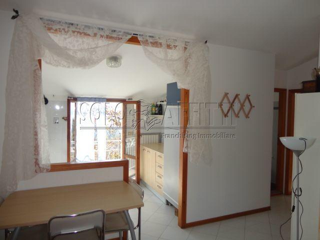 Appartamento trilocale in affitto a Pesaro (PU)