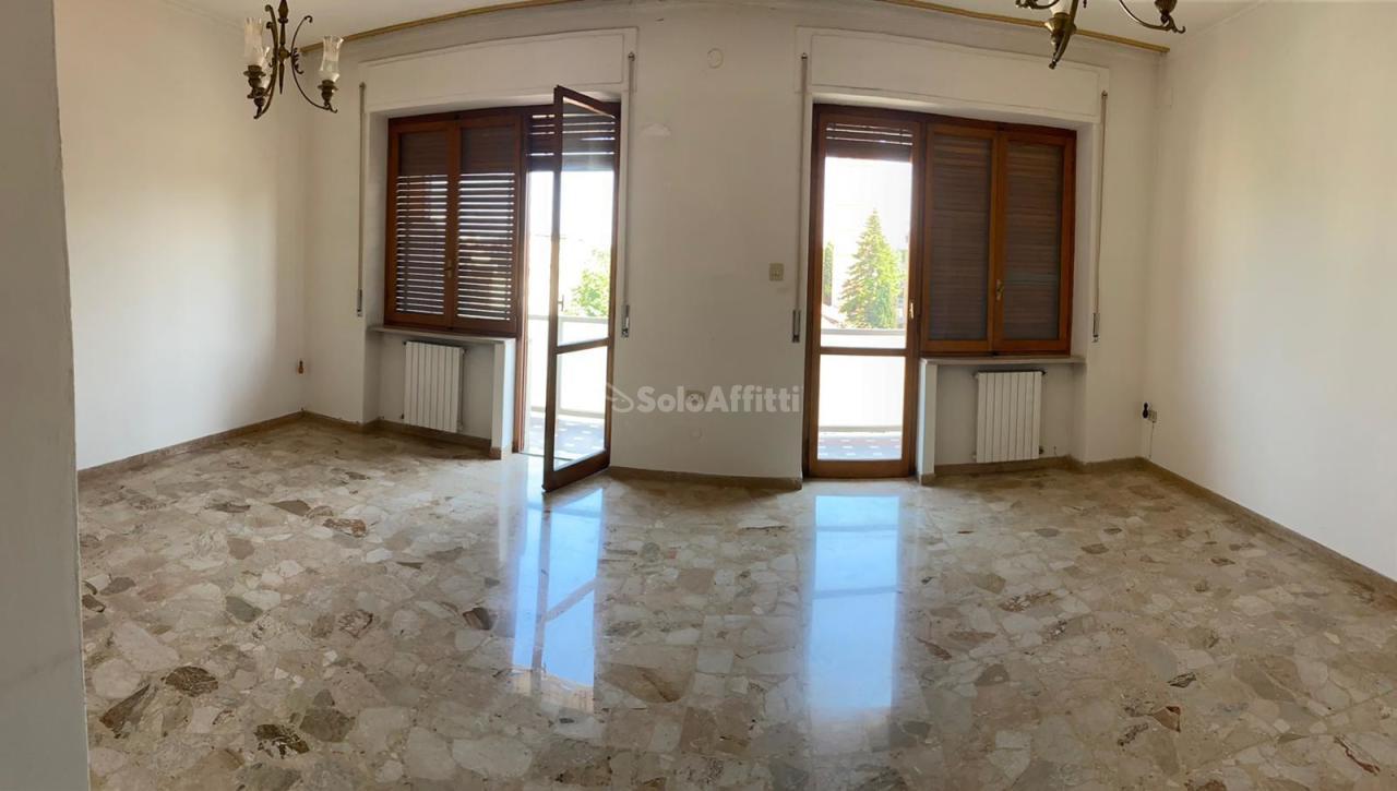 Appartamento, 130 Mq, Affitto - Pescara (Pescara)