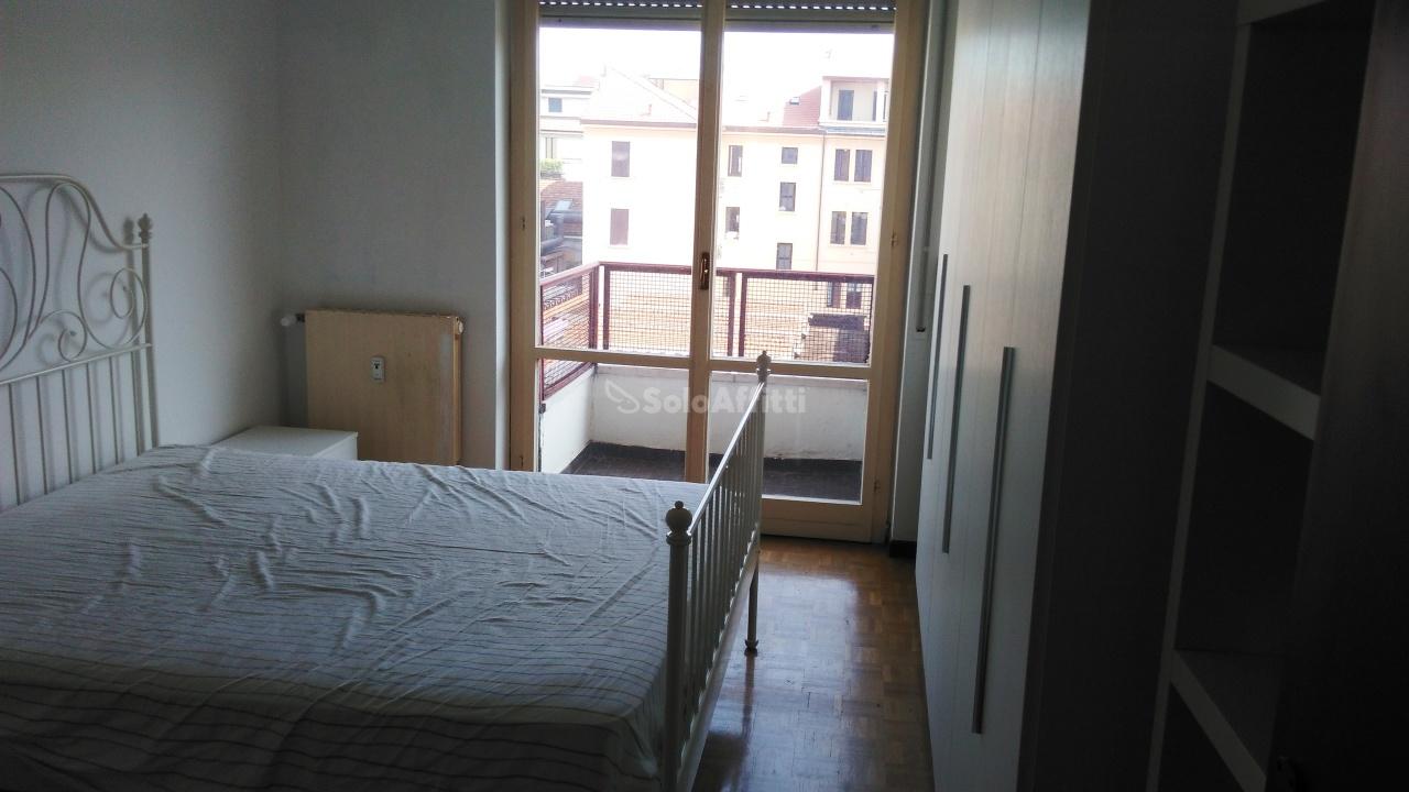 Bilocale Milano Via Montenero 7