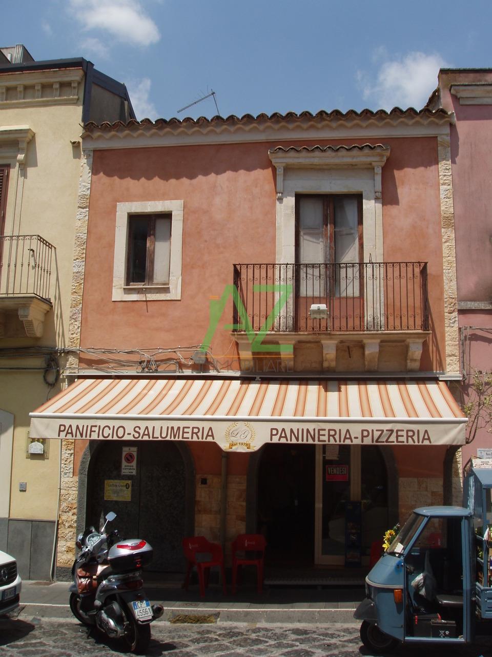 Attività / Licenza in vendita a Misterbianco, 9999 locali, Trattative riservate | Cambio Casa.it