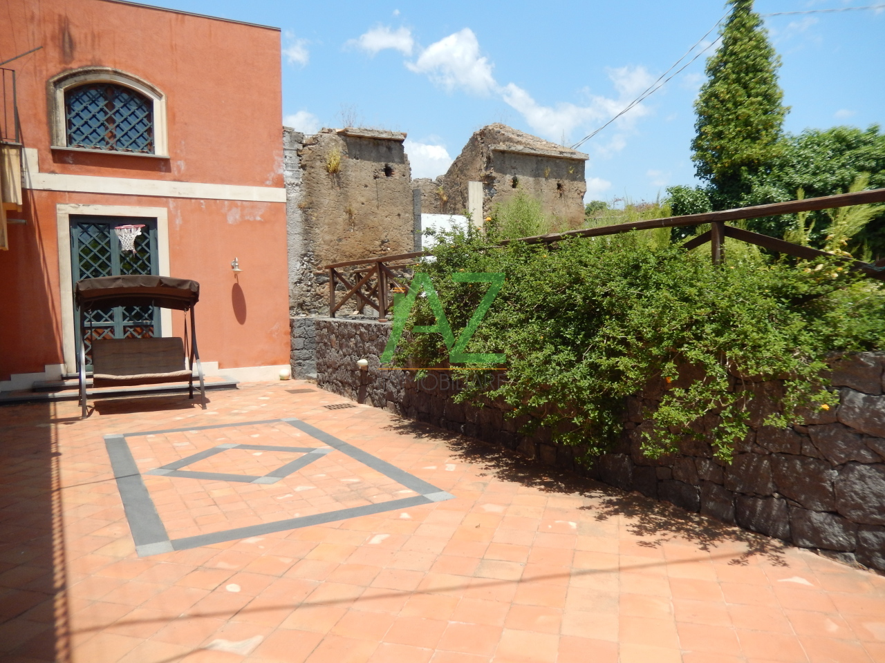 Rustico / Casale in vendita a Acireale, 7 locali, prezzo € 550.000 | Cambio Casa.it