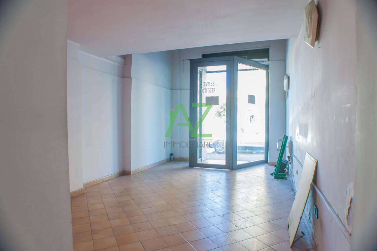 Negozio / Locale in affitto a Aci Catena, 2 locali, prezzo € 330 | Cambio Casa.it