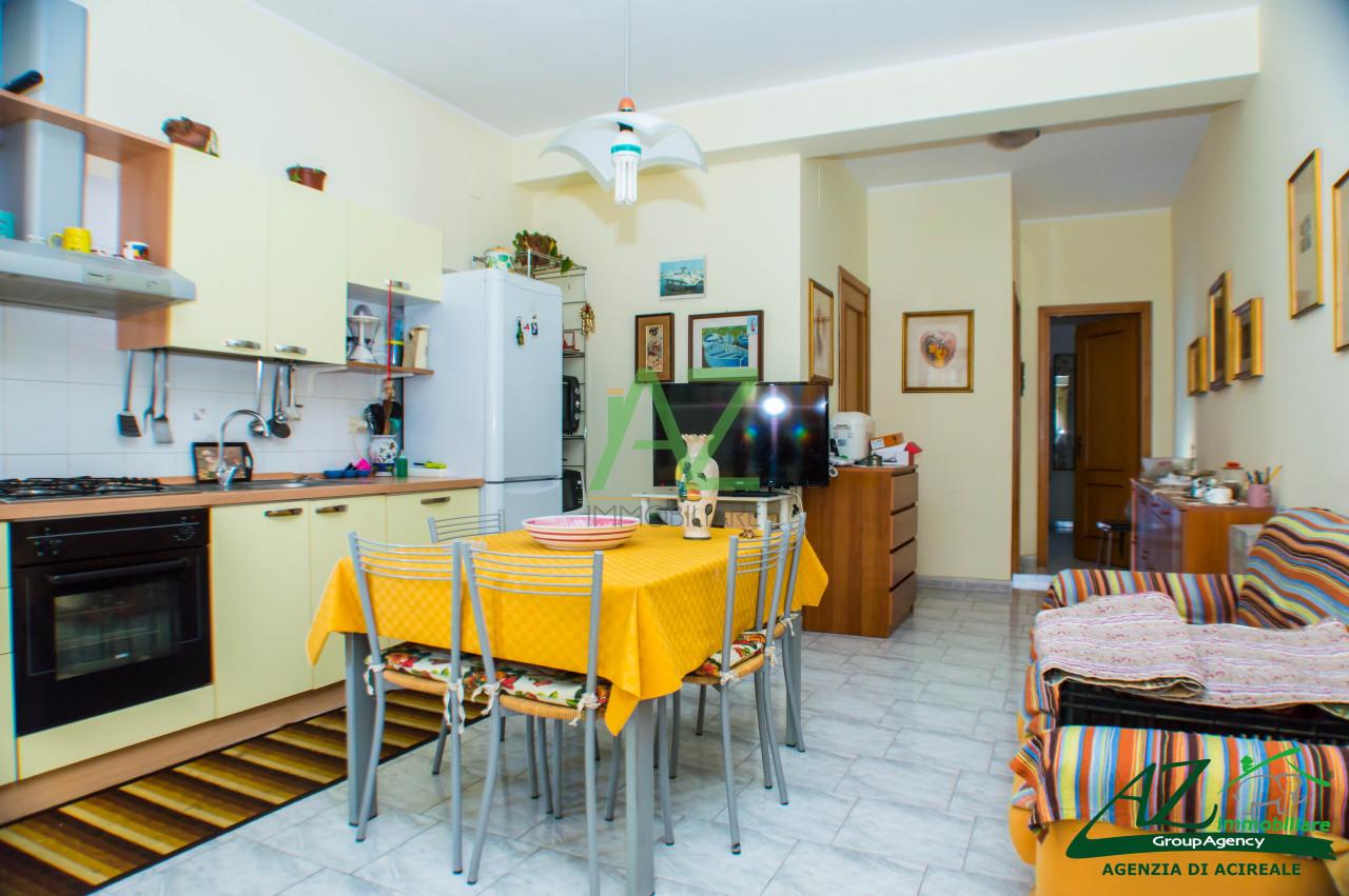Appartamento in affitto a Riposto, 2 locali, prezzo € 340 | Cambio Casa.it