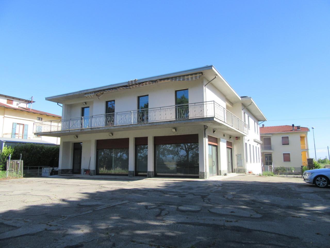 Negozio / Locale in vendita a Fontevivo, 5 locali, prezzo € 385.000 | Cambio Casa.it