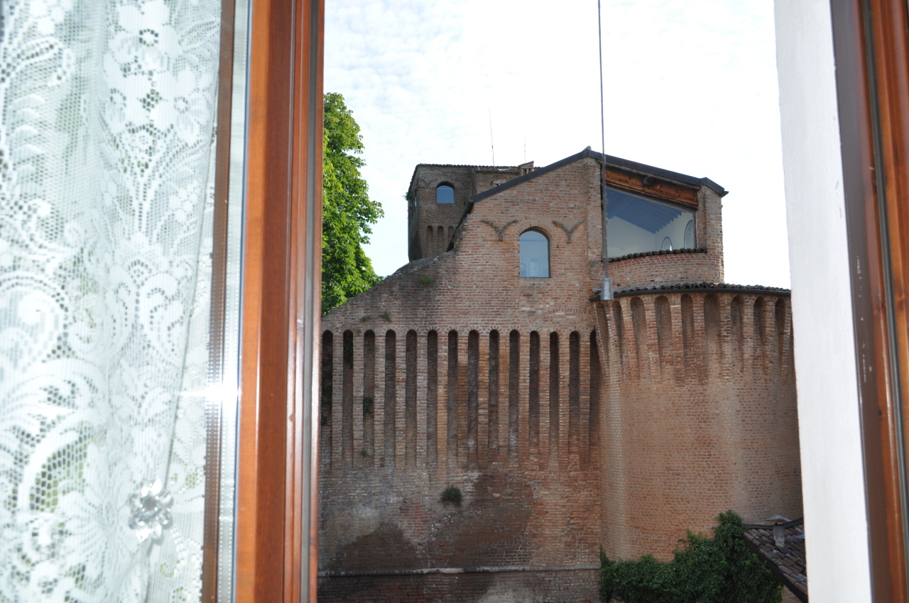Bilocale Noceto Via Saffi 3