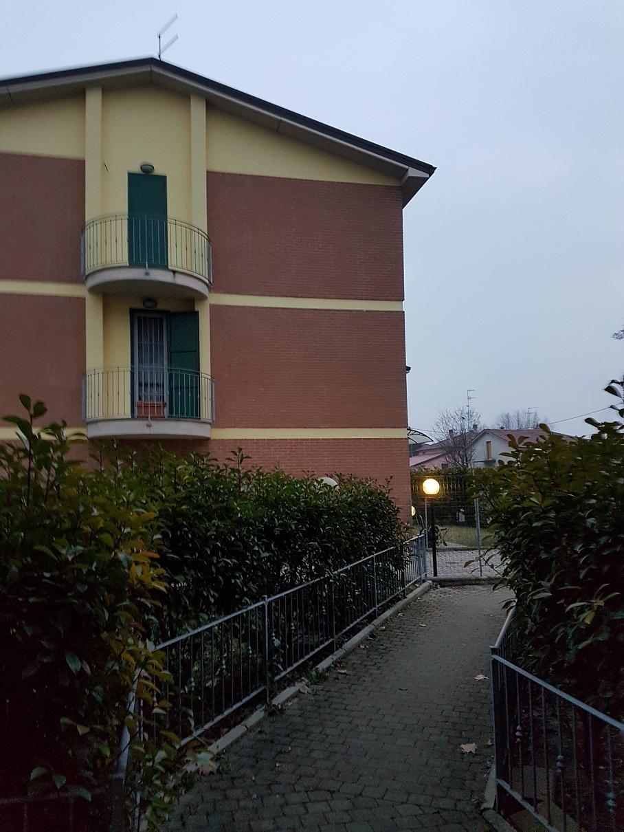 Appartamento in affitto a Sissa-Trecasali, 2 locali, prezzo € 420 | Cambio Casa.it