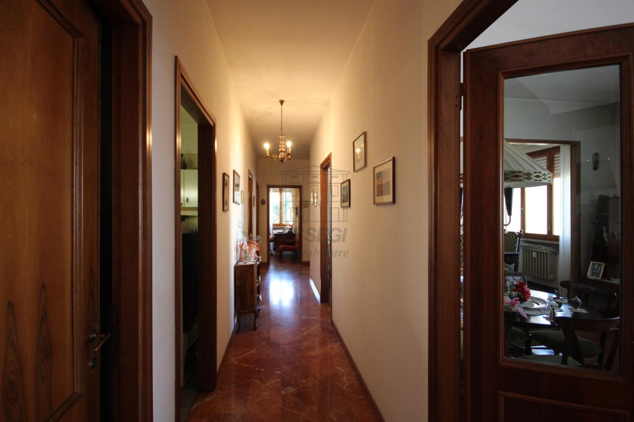 Appartamento Lucca Circonvallazione IA03070 img 9