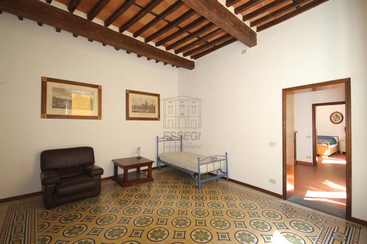 vendita appartamento lucca   315000 euro  5 locali  125 mq