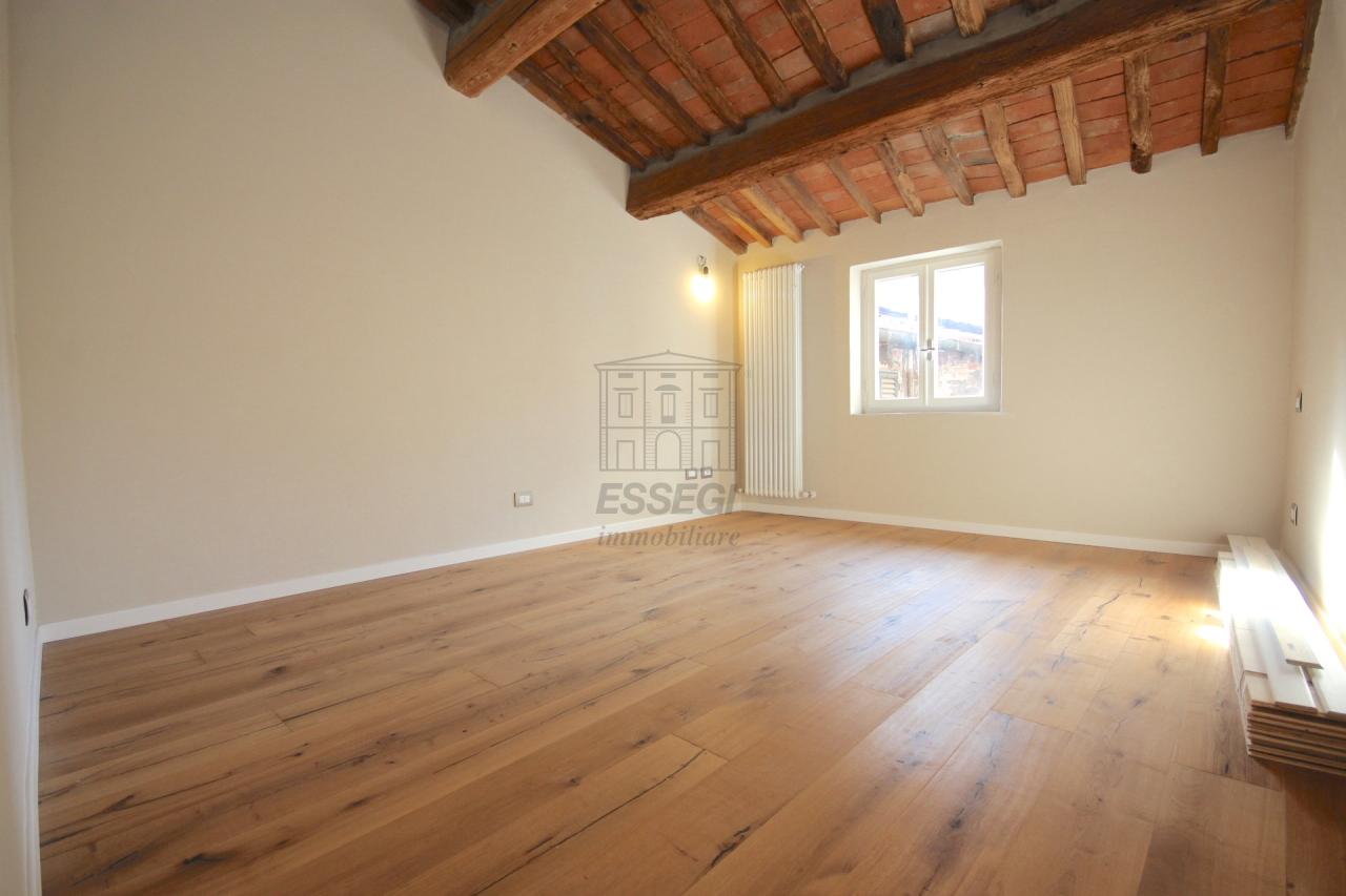 Appartamento Lucca Centro storico IA01386A img 6