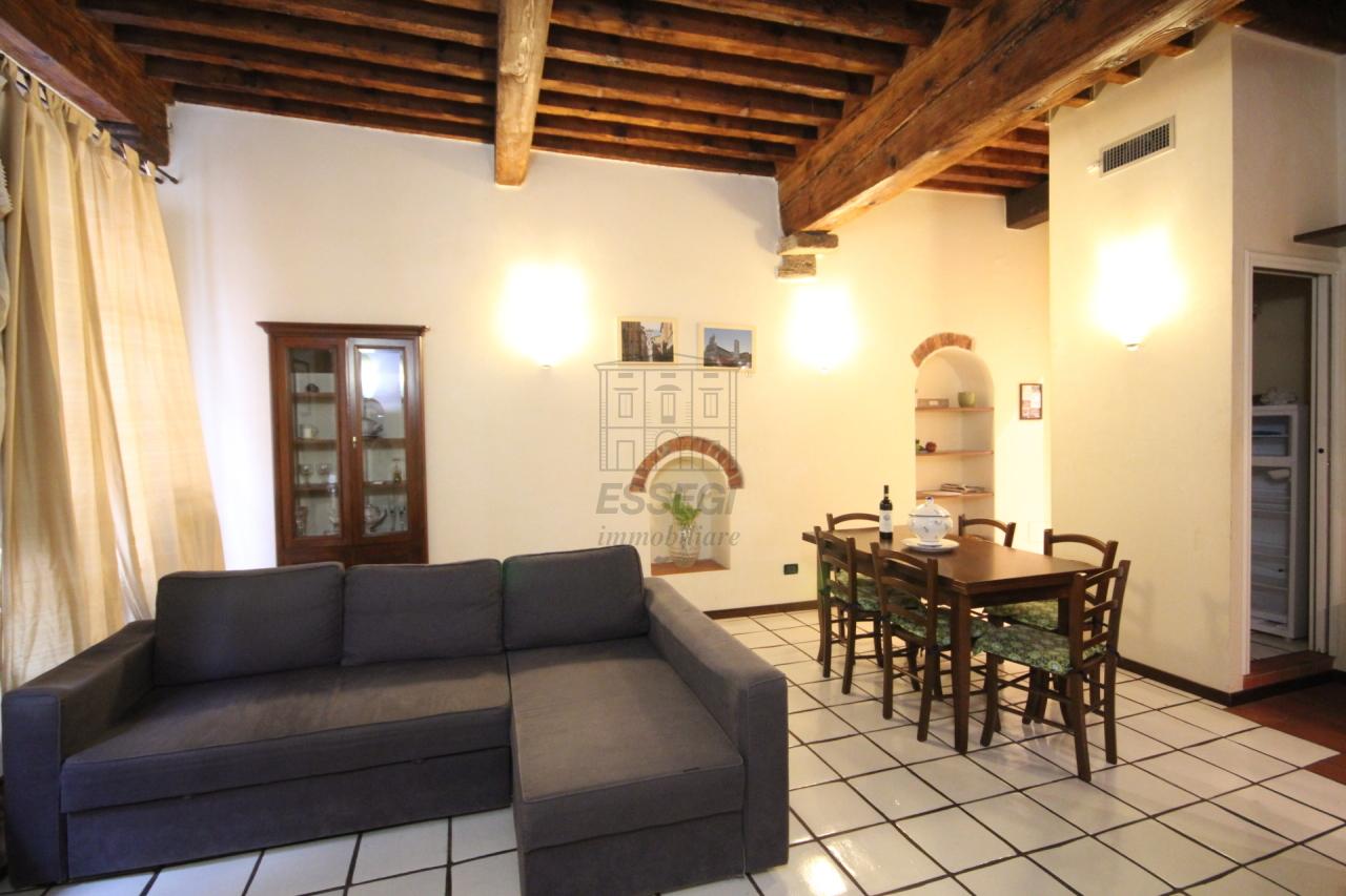 Appartamento Lucca Centro storico IA02948 img 4