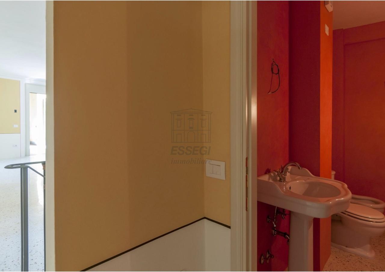 Appartamento Lucca Centro storico IA02854 img 5