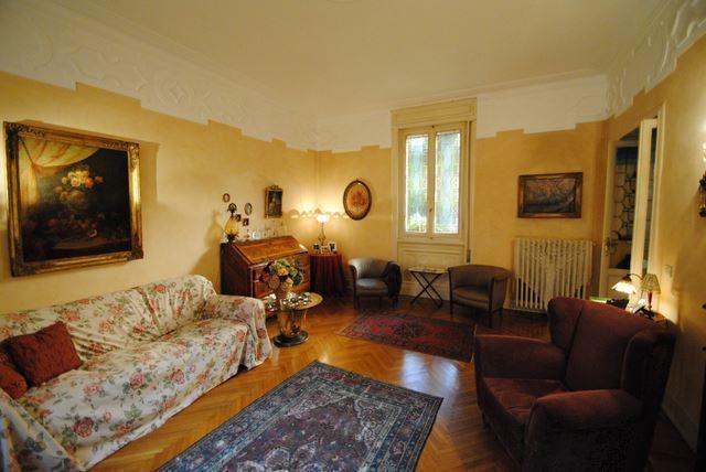 Villa in vendita a Pavia, 5 locali, Trattative riservate   Cambio Casa.it