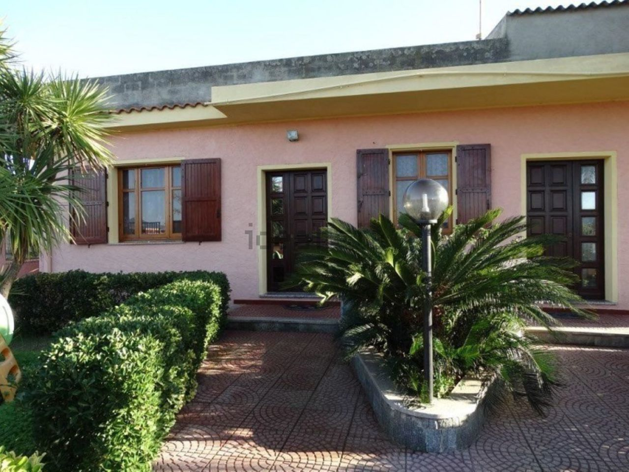 Soluzione Indipendente in vendita a Quartu Sant'Elena, 5 locali, prezzo € 240.000 | Cambio Casa.it
