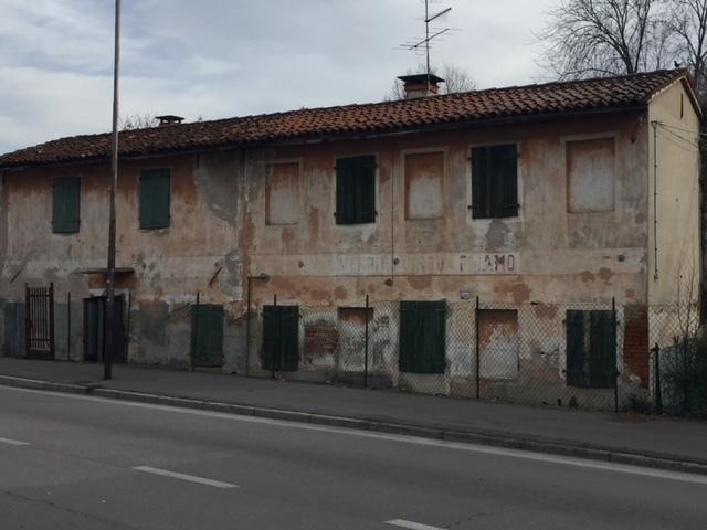 Soluzione Indipendente in vendita a Castelfranco Veneto, 7 locali, prezzo € 82.000 | Cambio Casa.it