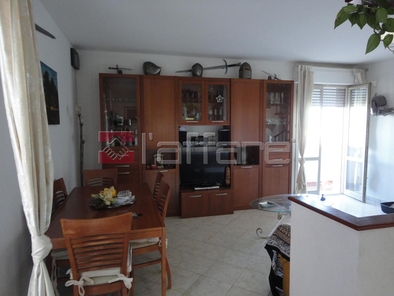 Attico / Mansarda in affitto a Ponsacco, 4 locali, prezzo € 600 | Cambio Casa.it