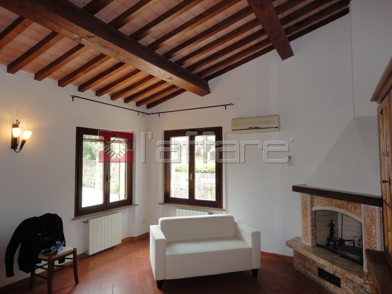 Appartamento in vendita a Santa Luce, 4 locali, prezzo € 120.000 | Cambio Casa.it